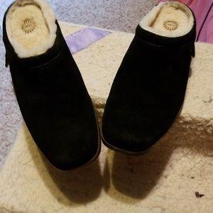 Ugg slip om shoes